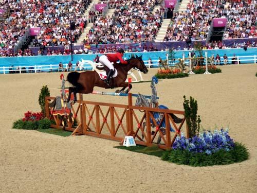 Vinnaren Steve Guerdat i finalen i hästhoppning, London 2012